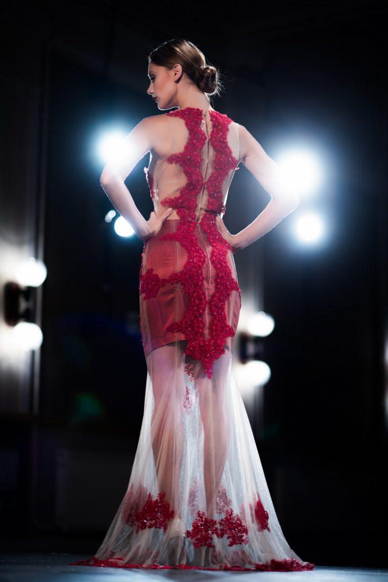 anna jonas egyedi tervezésű alkalmi ruhák fotózás a dunakanyar színházban 2