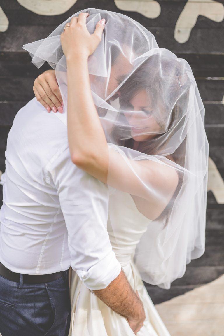 anna jonas egyedi tervezésű esküvői ruha adri gyuri 3