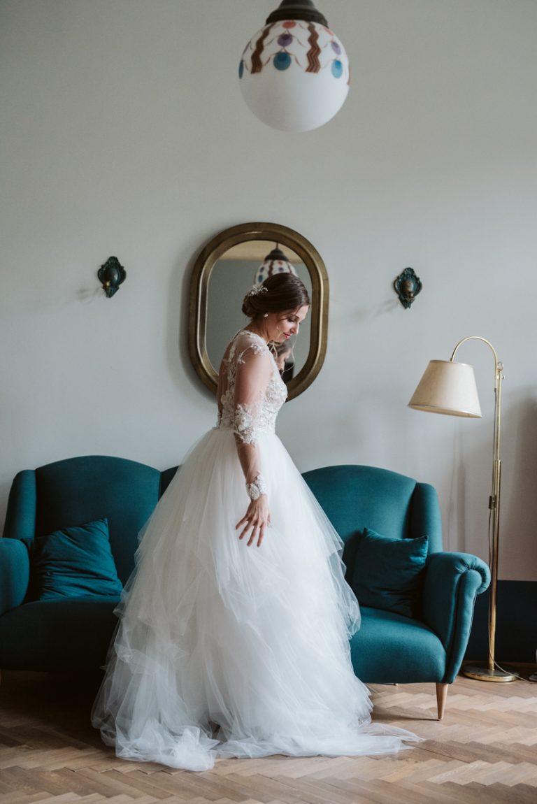 anna jonas egyedi tervezésű esküvői ruha andi marek 4