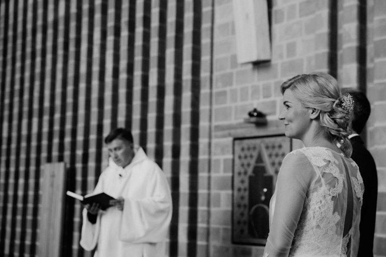 anna jonas egyedi tervezésű esküvői ruha anett 1