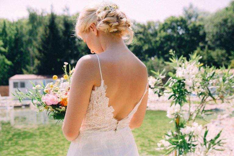 anna jonas egyedi tervezésű esküvői ruha anett 2