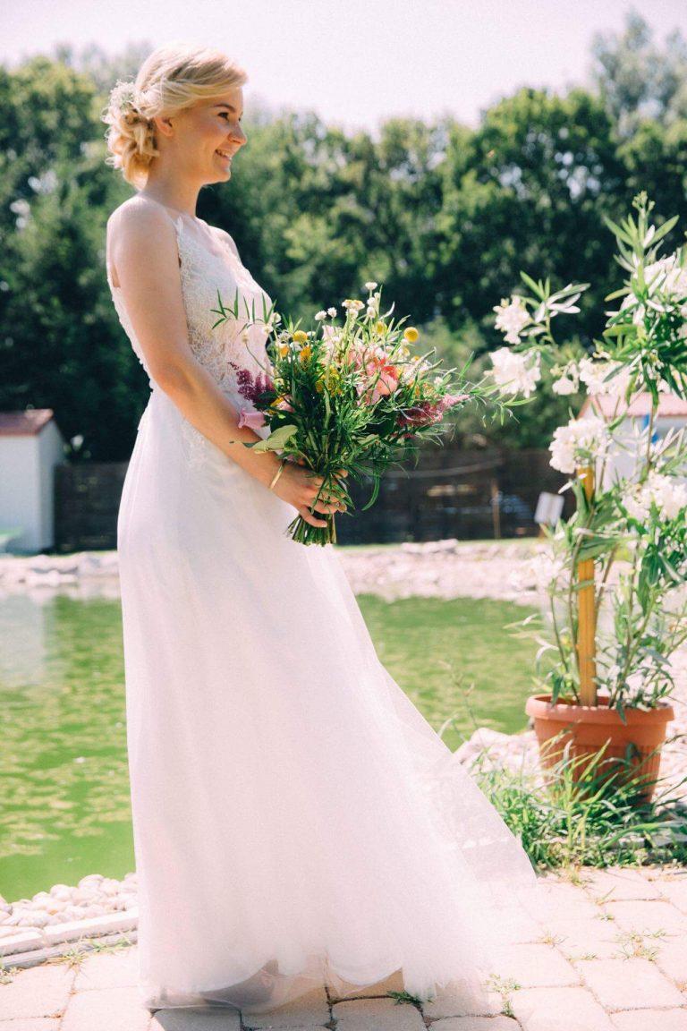 anna jonas egyedi tervezésű esküvői ruha anett 3