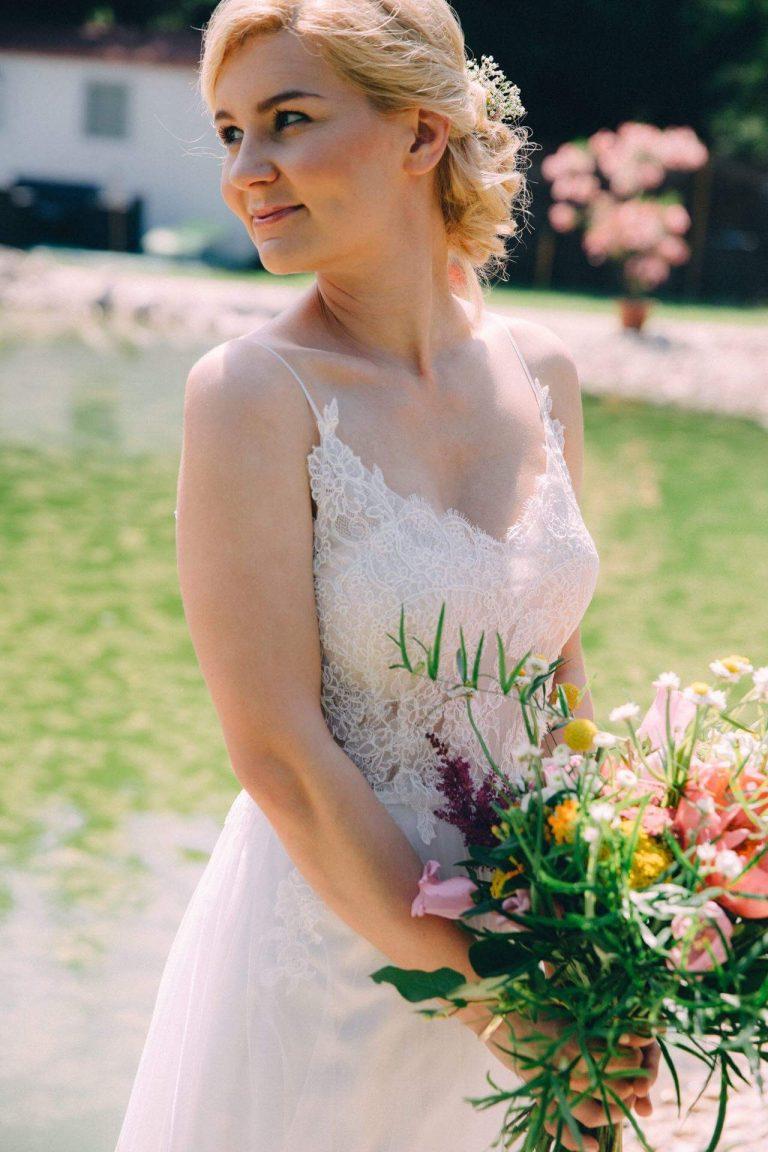 anna jonas egyedi tervezésű esküvői ruha anett 5