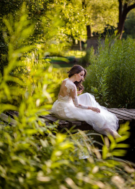 anna jonas egyedi tervezésű esküvői ruha barbi bence 2