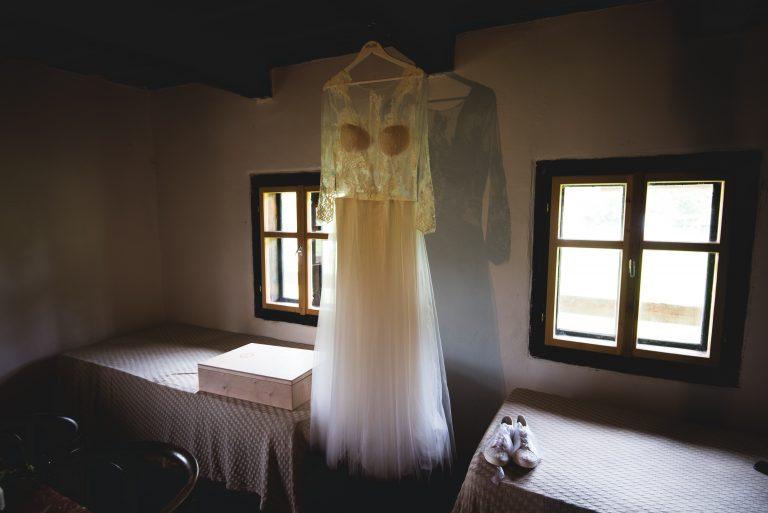 anna jonas egyedi tervezésű esküvői ruha bereniké bence 3