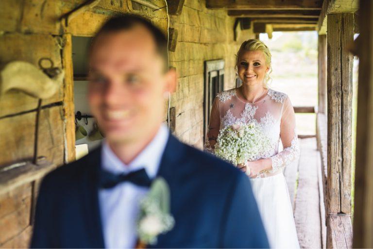 anna jonas egyedi tervezésű esküvői ruha bereniké bence 4