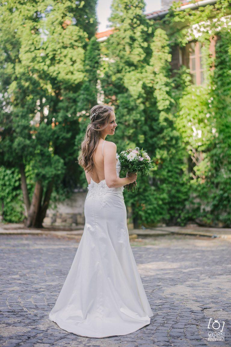 anna jonas egyedi tervezésű esküvői ruha fruzsi máté 12