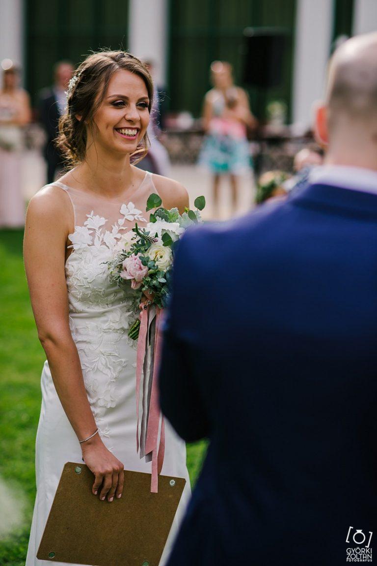anna jonas egyedi tervezésű esküvői ruha fruzsi máté 3