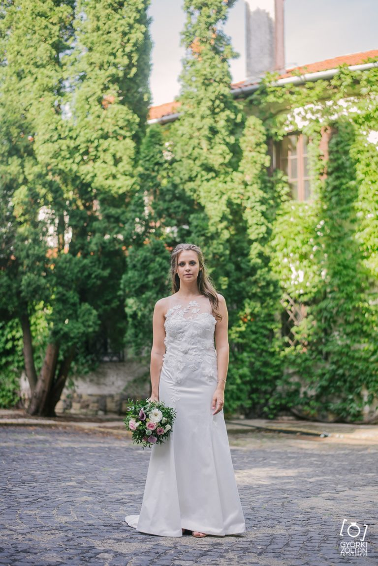 anna jonas egyedi tervezésű esküvői ruha fruzsi máté 8