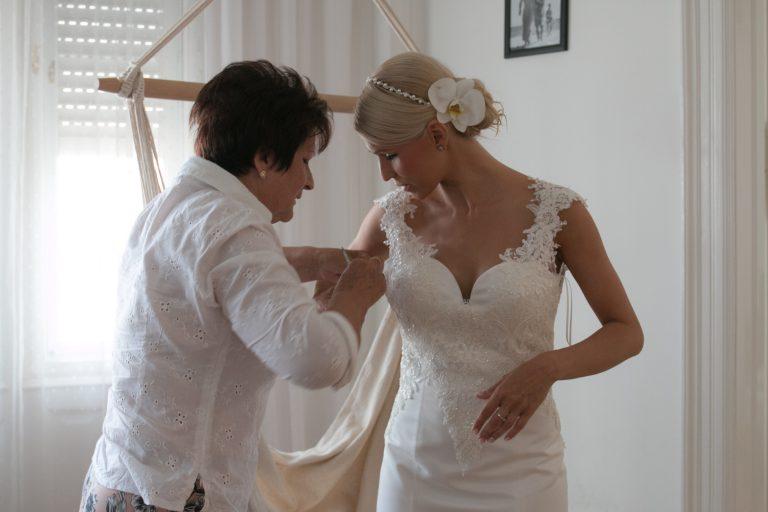 anna jonas egyedi tervezésű esküvői ruha gabi gábor 2