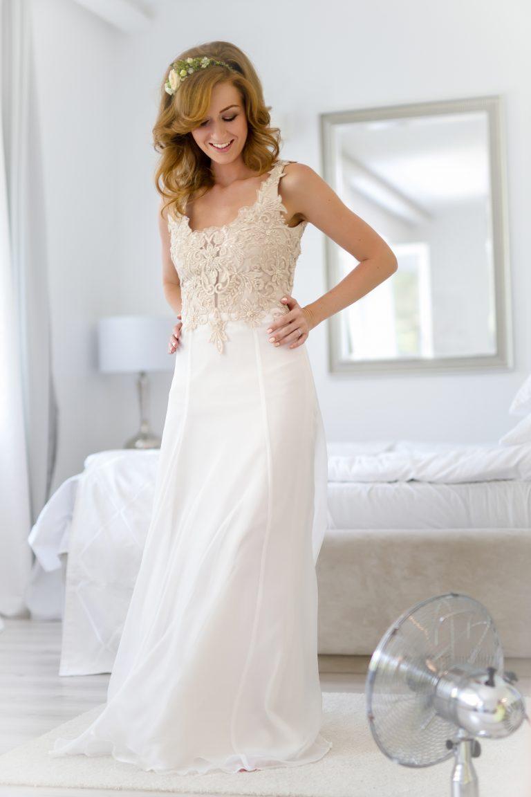 anna jonas egyedi tervezésű esküvői ruha ildikó robi 3