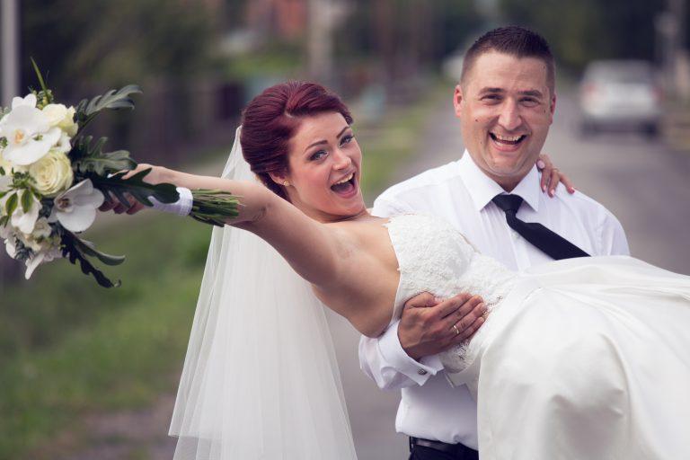anna jonas egyedi tervezésű esküvői ruha katinka ákos 4
