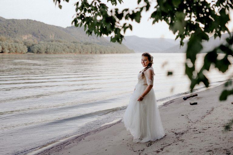 anna jonas egyedi tervezésű esküvői ruha kitti laci 11