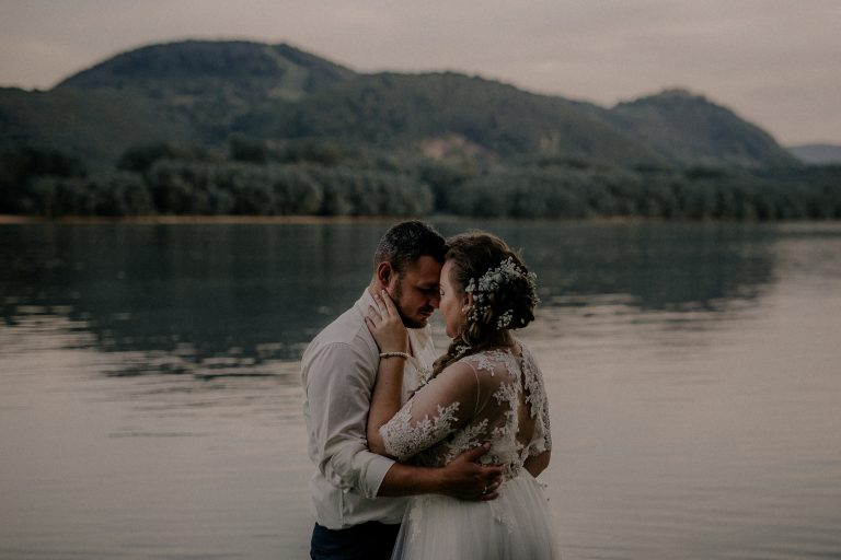 anna jonas egyedi tervezésű esküvői ruha kitti laci 4