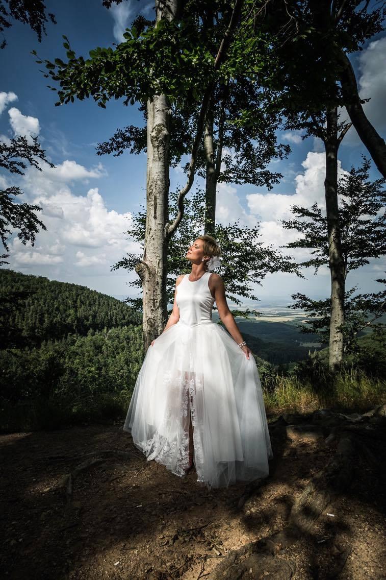anna jonas egyedi tervezésű esküvői ruha móni geresz 5