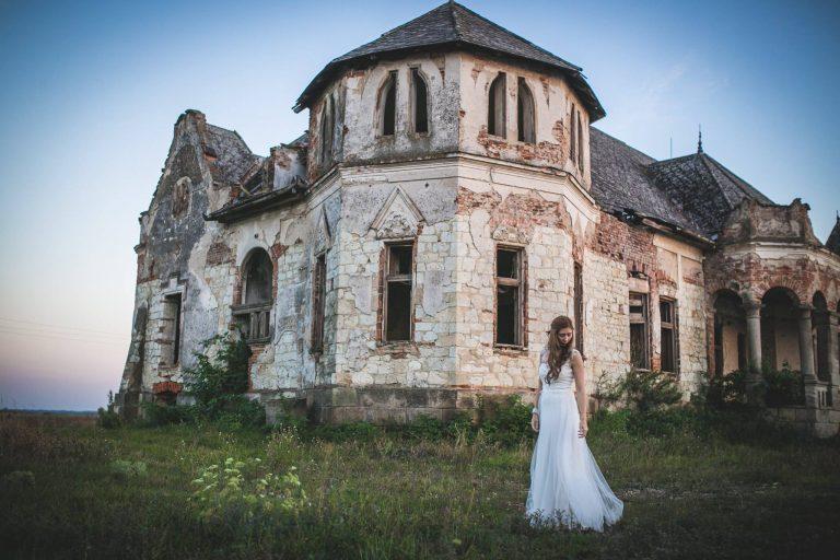anna jonas egyedi tervezésű esküvői ruha niki tibi4