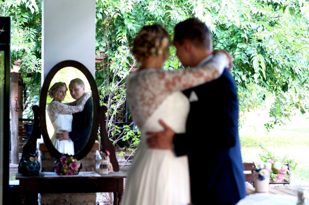 anna jonas egyedi tervezésű esküvői ruha szandi gábor 2