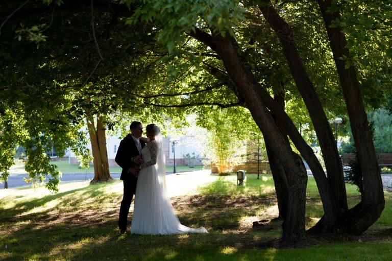anna jonas egyedi tervezésű esküvői ruha szandi gábor 3