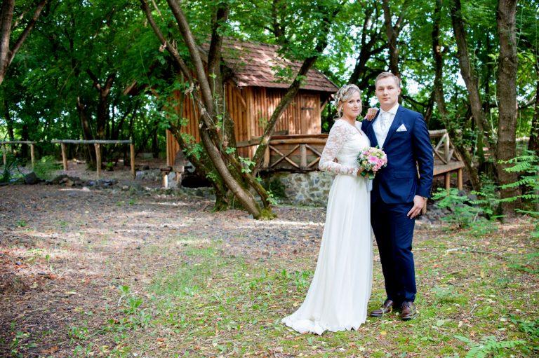 anna jonas egyedi tervezésű esküvői ruha szandi gábor 6