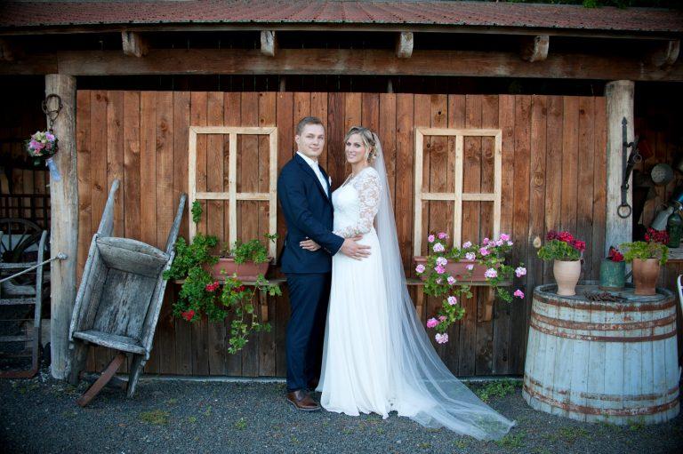 anna jonas egyedi tervezésű esküvői ruha szandi gábor 7