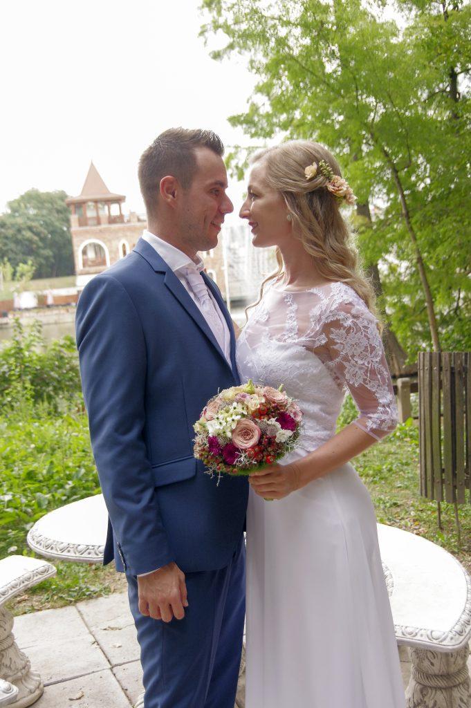 anna jonas egyedi tervezésű esküvői ruha tamara 3