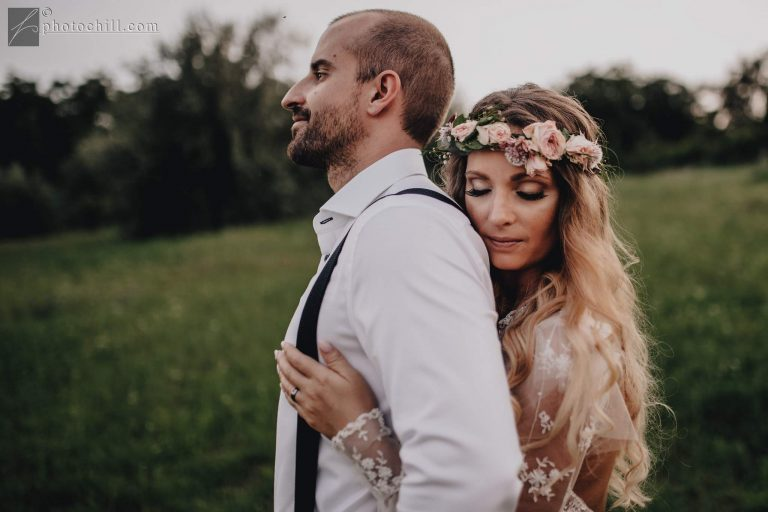 anna jonas egyedi tervezésű esküvői ruha timi ádám 11