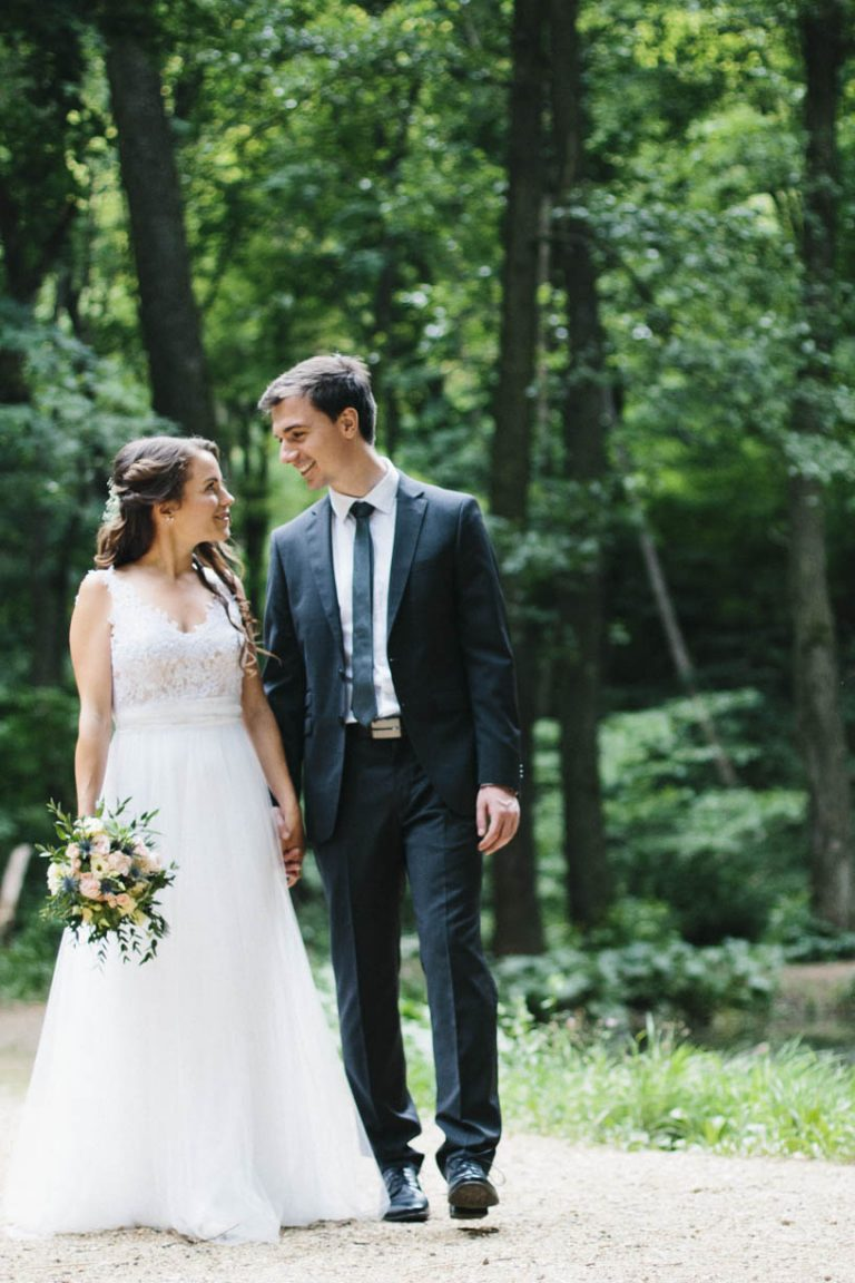 anna jonas egyedi tervezésű esküvői ruha zita andrás 5