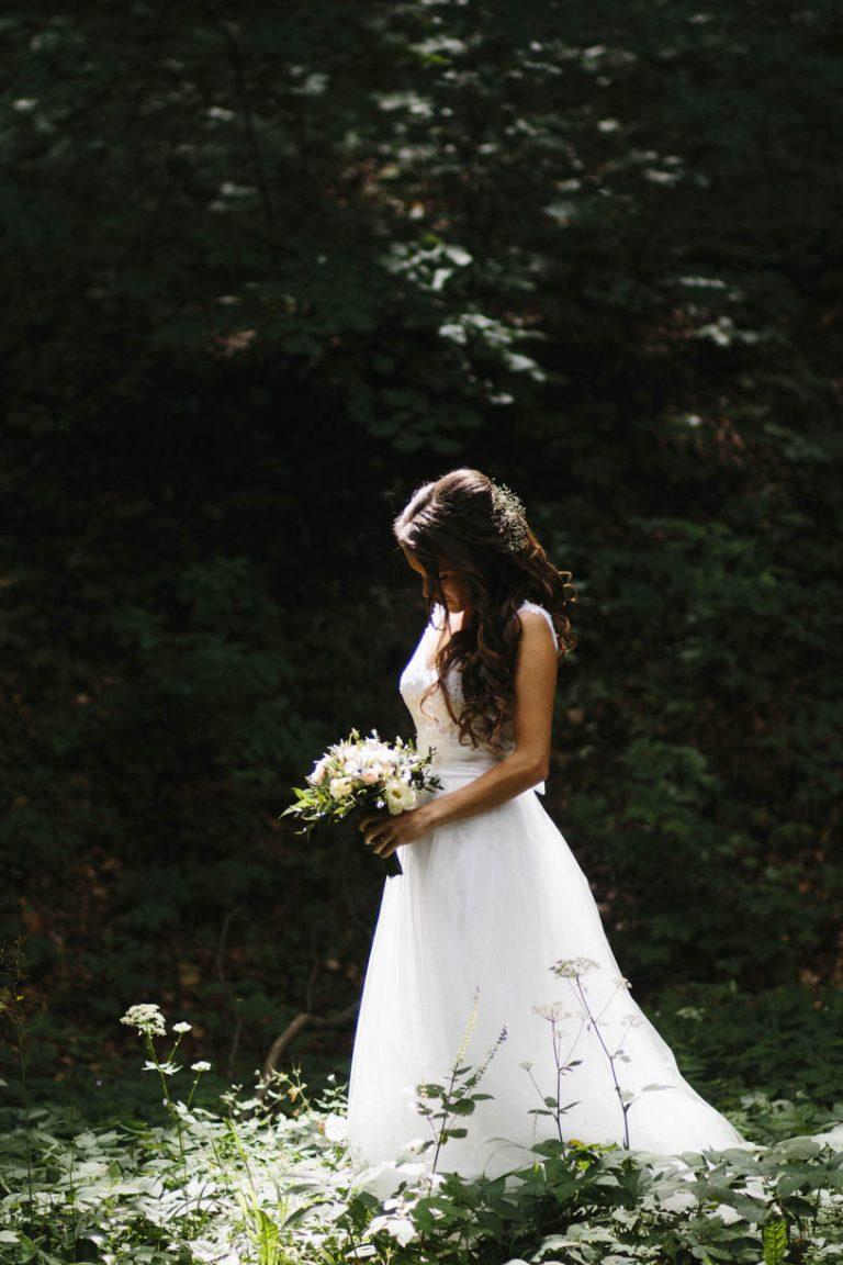 anna jonas egyedi tervezésű esküvői ruha zita andrás 7