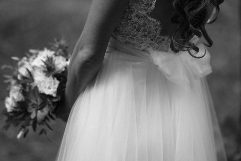 anna jonas egyedi tervezésű esküvői ruha zita andrás 9