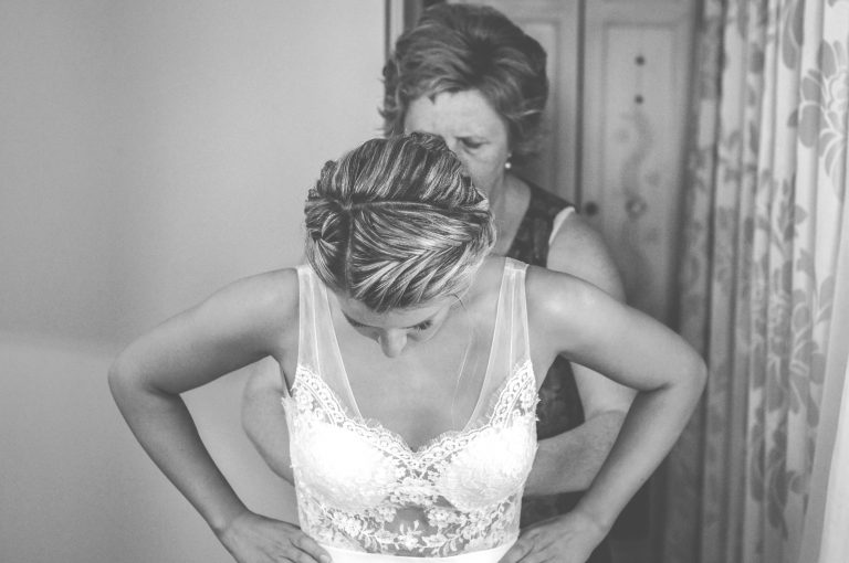 anna jonas egyedi tervezésű esküvői ruha zsófi lali 7