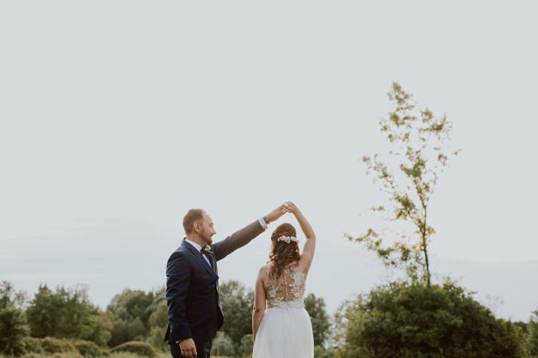 anna jonas egyedi tervezésű esküvői ruha zsófi zoli 3