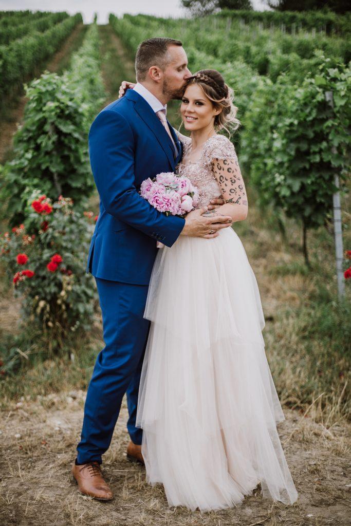 anna jonas egyedi tervezésű esküvői ruha zsani csaba 4