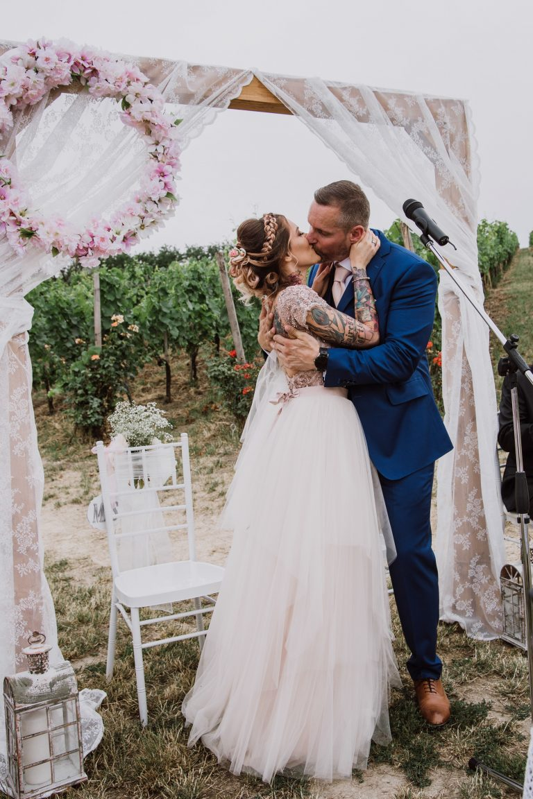 anna jonas egyedi tervezésű esküvői ruha zsani csaba 5