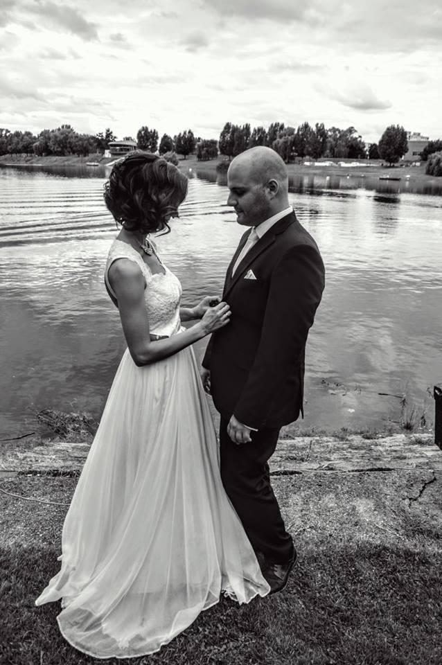 anna jonas egyedi tervezésű esküvői ruha zuzsi nikos 4