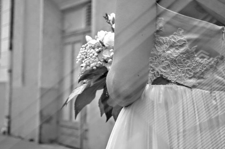 anna jonas egyedi tervezésű esküvői ruha zuzsi nikos 8