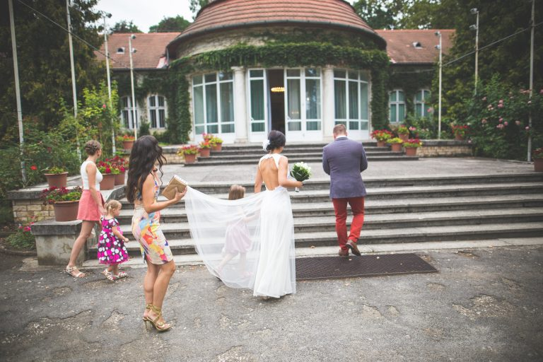 annajonas egyedi tervezesű esküvői ruha timea balazs 3