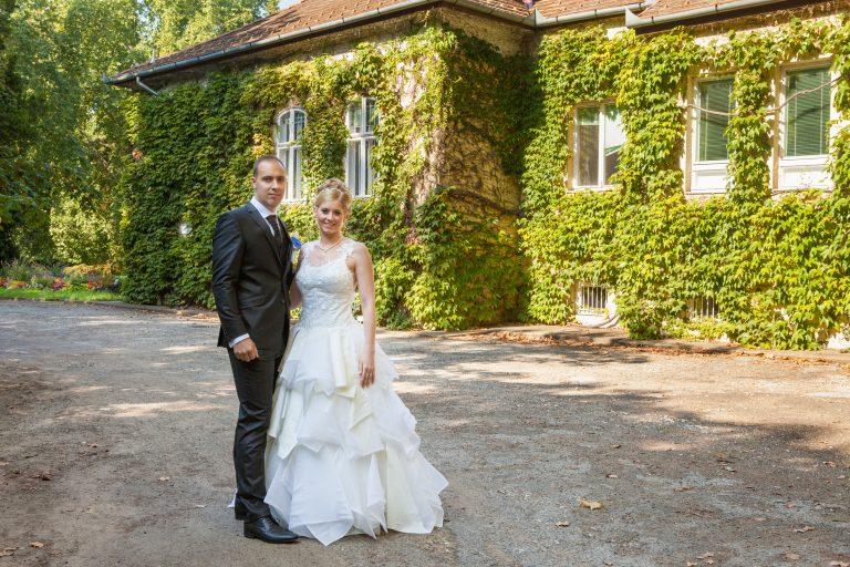 annajonas-egyedi tervezesi menyasszonyi ruha agi akos 1
