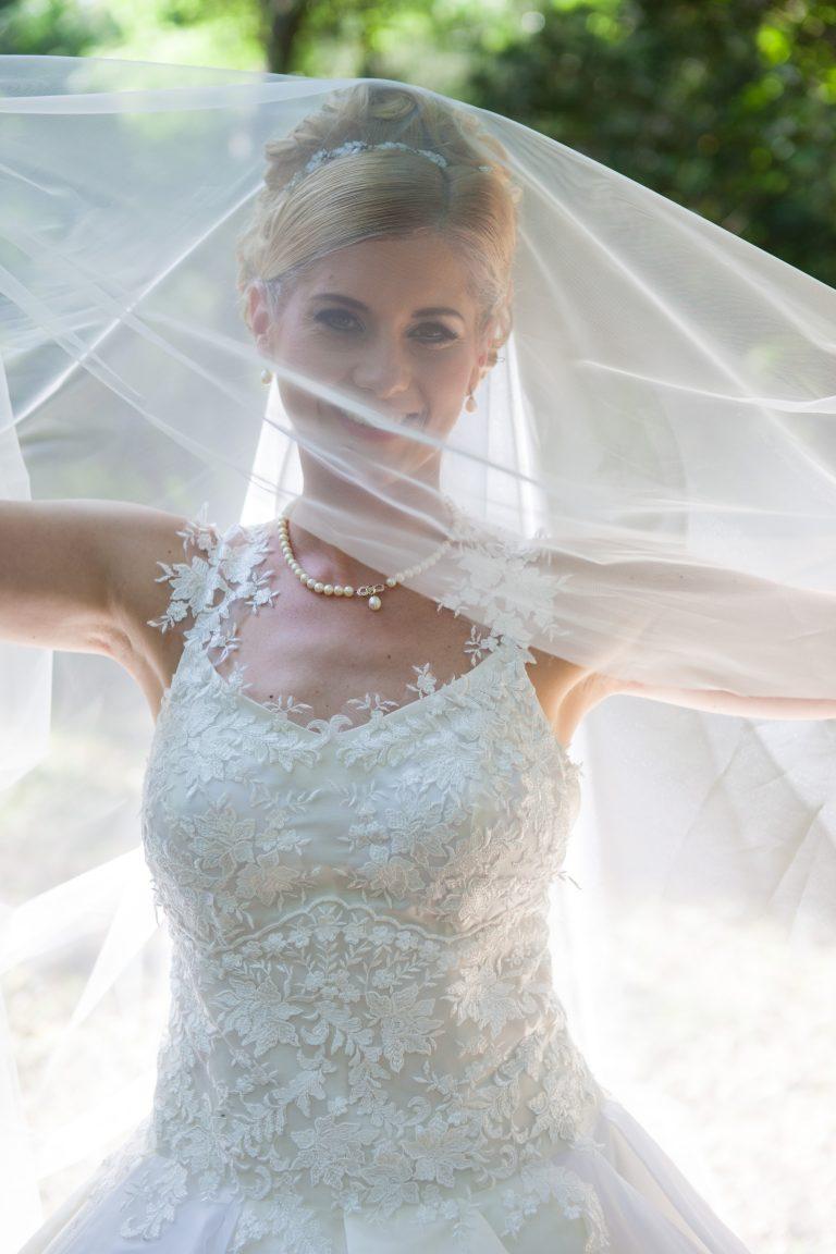 annajonas-egyedi tervezesi menyasszonyi ruha agi akos 5